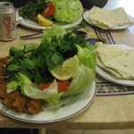 Großer Çiğköfte-Teller: Lecker und eine Herausforderung für Vielesser